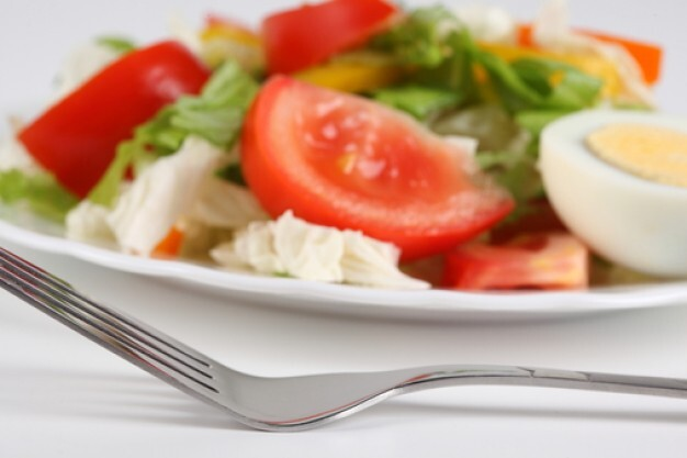 Salada de Alface,Tomate e Ovo Cozido - Restaurante Central Frutas